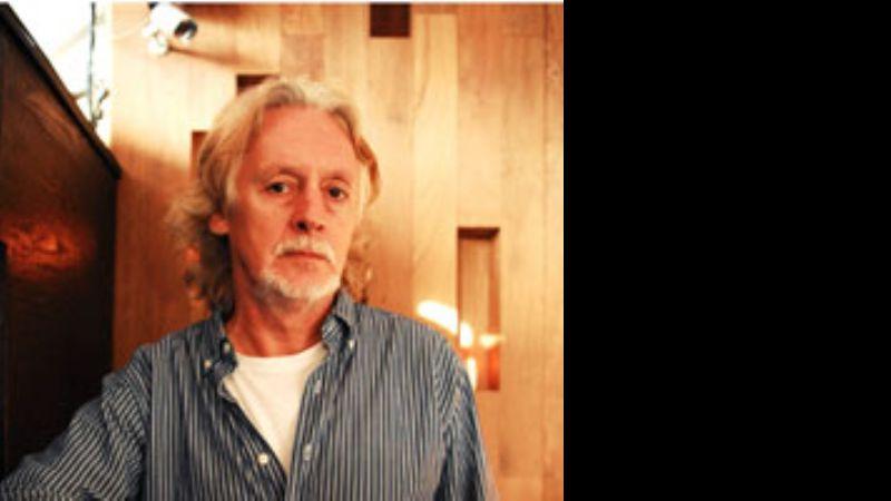 Nito Mestre celebra 20 años de carrera solista