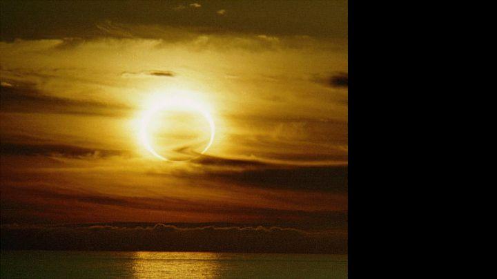 Atenti: Se viene un eclipse solar ¿acompañado de terremotos?