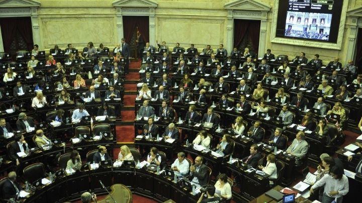 """El """"Mega DNU"""" de Macri fue enviado al Congreso"""