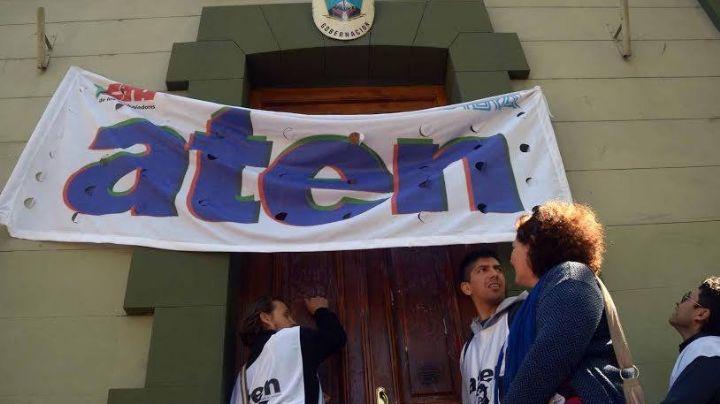 Hartos de ATEN: exigen la conciliación obligatoria