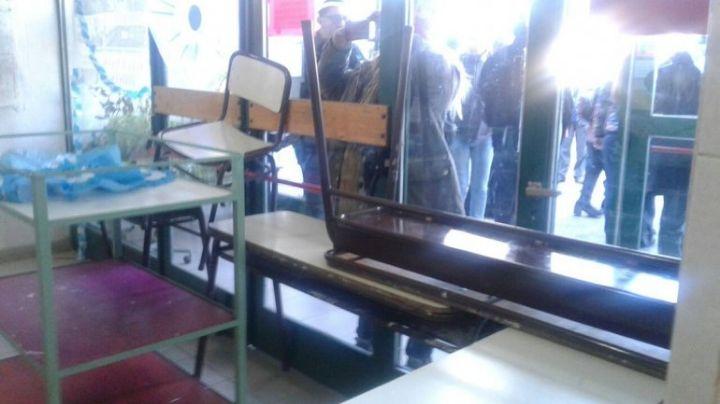 ATEN impidió el ingreso de los tutores y tomaron una escuela. VIDEO