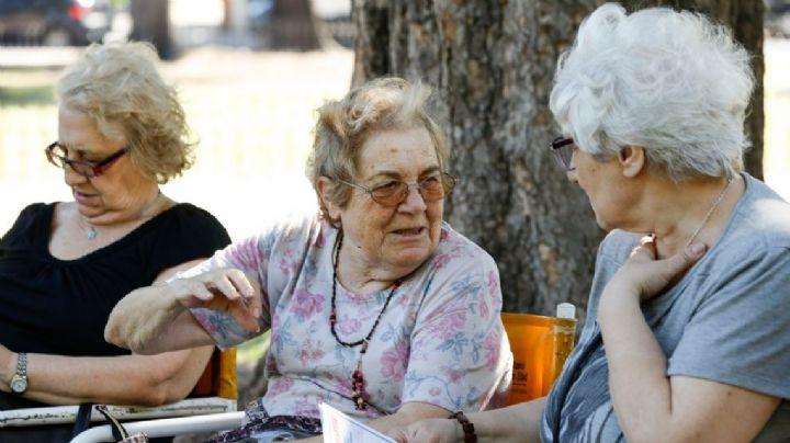 Engaña pichanga: jubilados pierden poder adquisitivo pese al aumento