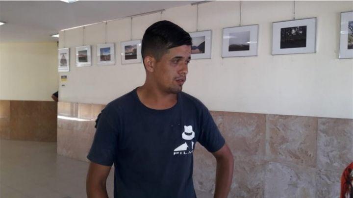 A este discapacitado le robaron todo: Necesita ayuda para volver a Buenos Aires
