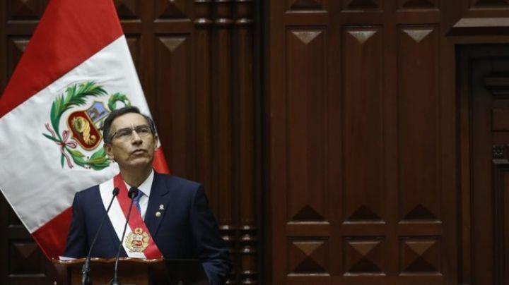 Perú: El presidente Martín Vizcarra disuelve el Congreso para llamar a elecciones