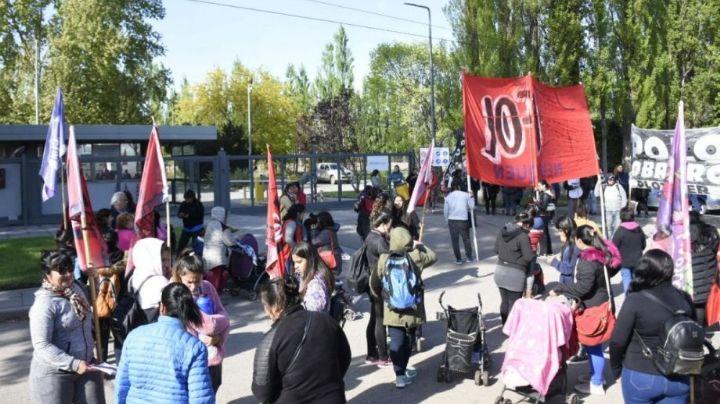 ¡Caos y protesta!: Piquetes en la ruta 22 en Neuquén