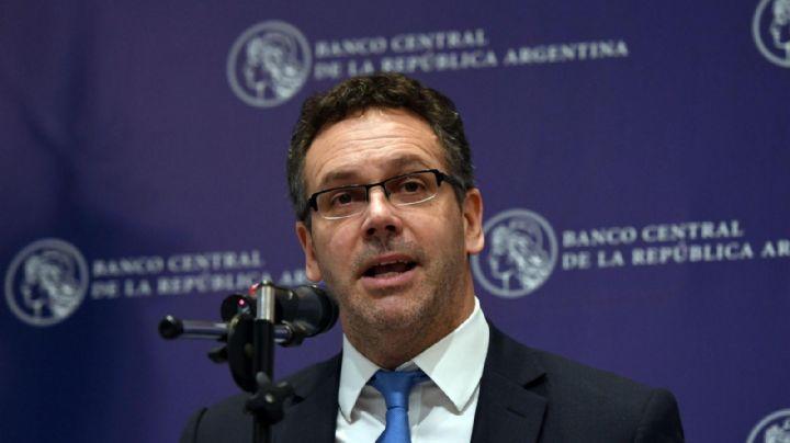 Sandleris explicó los motivos y el alcance del nuevo cepo cambiario