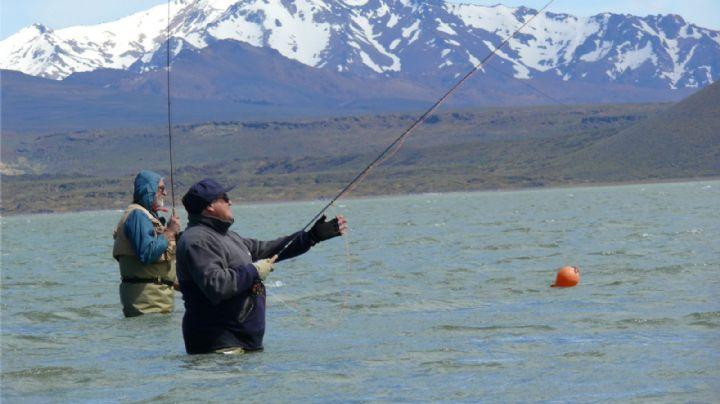 Inicia la temporada de pesca: ¿Cuánto sale el permiso y dónde se compra?