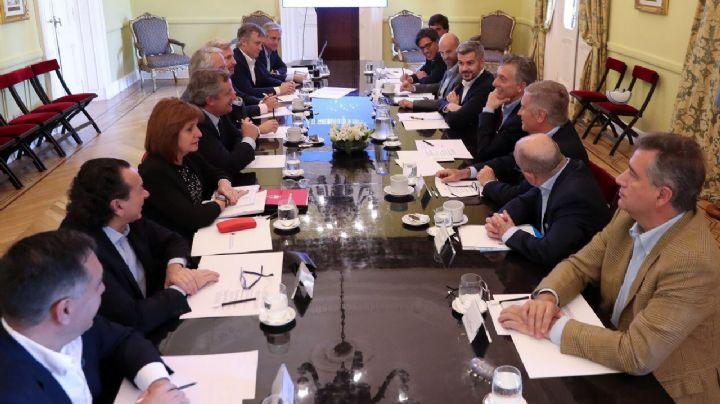 """Macri le pide a sus ministros la """"máxima colaboración"""" durante la transición"""