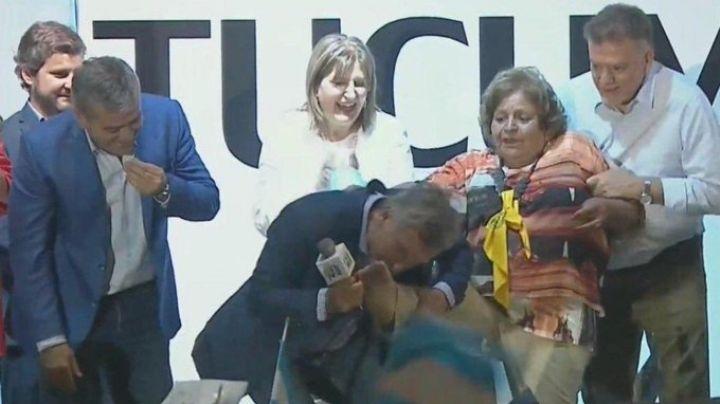 """El insólito gesto de Macri con su """"cenicienta"""" en Tucumán"""