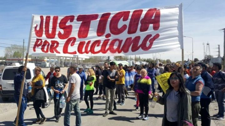 """Justicia por Luciano"":  Piquete sobre ruta 22 en Cutral Co"