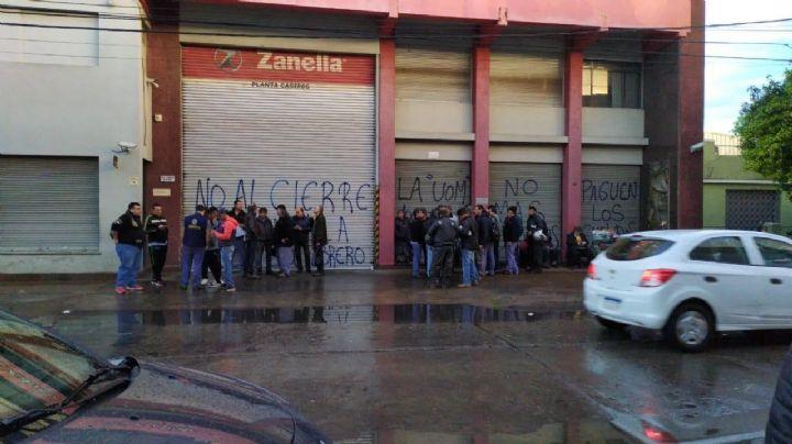 La crisis de Macri: Zanella deja a más de 70 familias en la calle