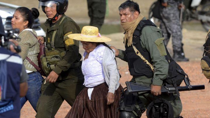En Bolivia marcharon con ataúdes de los fallecidos tras la brutal represión