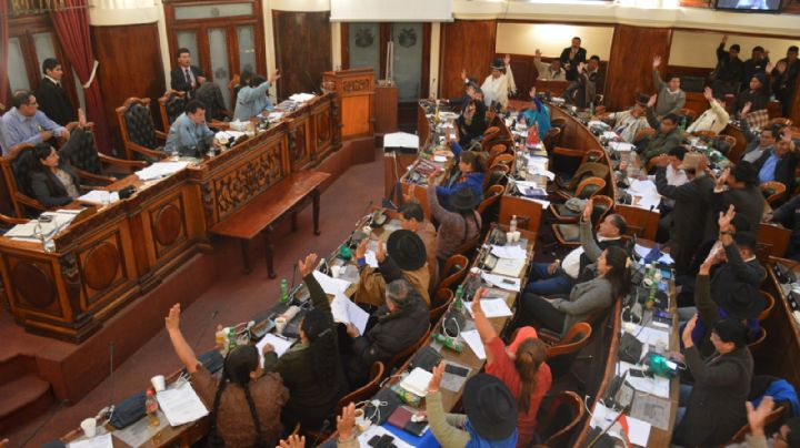La Asamblea Legislativa decidirá si acepta la renuncia de Evo Morales