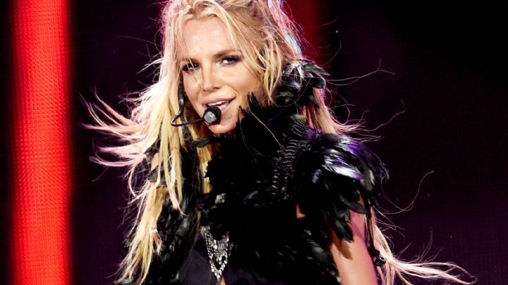 El disfraz le quedó muy pequeño a Britney Spears ¿Ya lo viste?