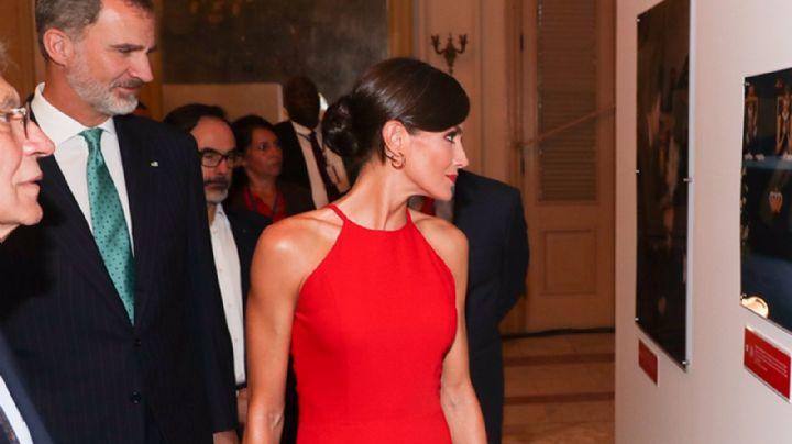 ¡Descubrí cuál fue el look triunfador de la reina Letizia en Cuba con el que fascinó a sus fans!