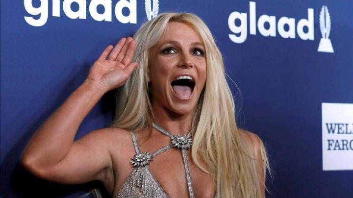 ¡La descubrieron en video! Las locuras que hace Britney Spears en la piscina y fuera de ella ¿En qué estaba pensando?