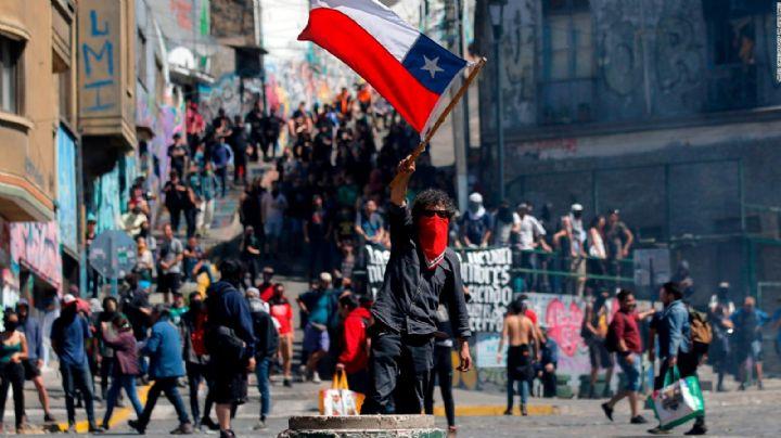 En Chile la Fiscalía presentó cargos contra unos 20 mil detenidos durante las protestas