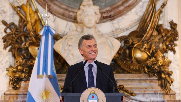 Macri se despide de la Rosada a través de un video