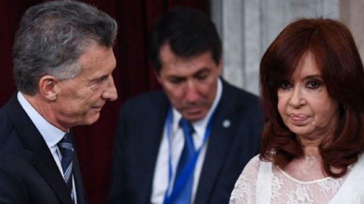 El extraño gesto que CFK le hizo a Macri: ¿qué habrá querido decirle?