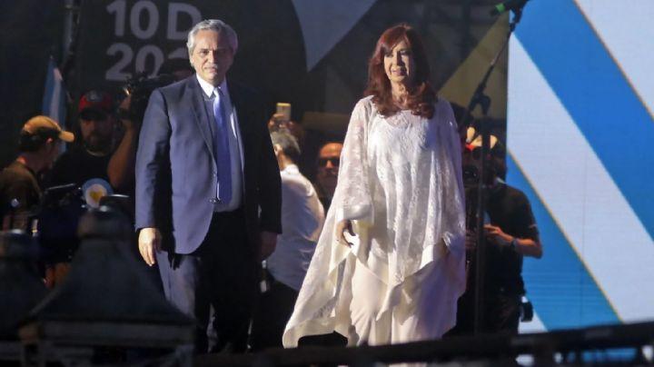 """CFK: el presidente """"tiene por delante una tarea muy dura"""", porque recibe""""un país devastado"""""""