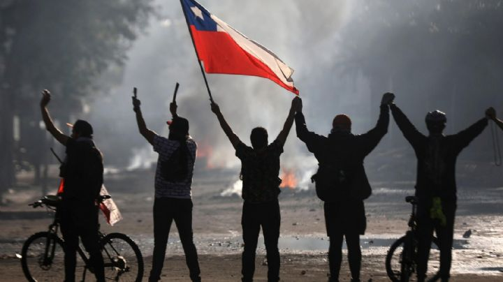 Las protestas hundieron a Chile y el gobierno lanza un plan ante la peor crisis económica de los últimos 10 años