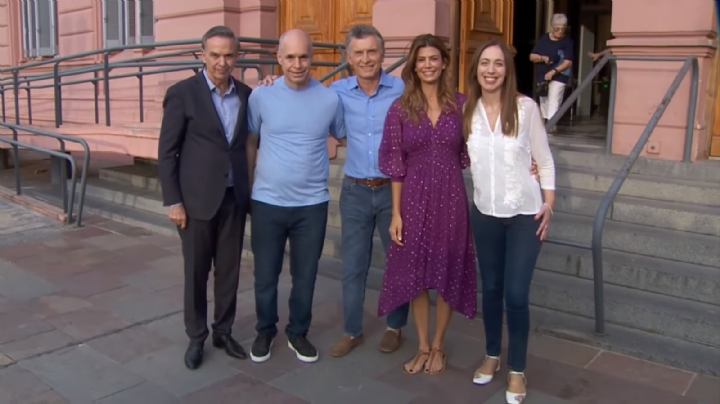 ¿Qué funcionarios estuvieron presentes en la despedida de Macri?