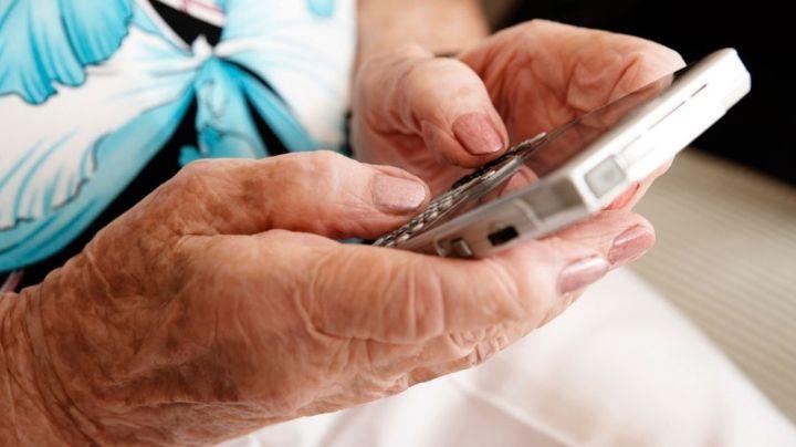 Una buena: Los jubilados podrán ahora cobrar desde cualquier celular