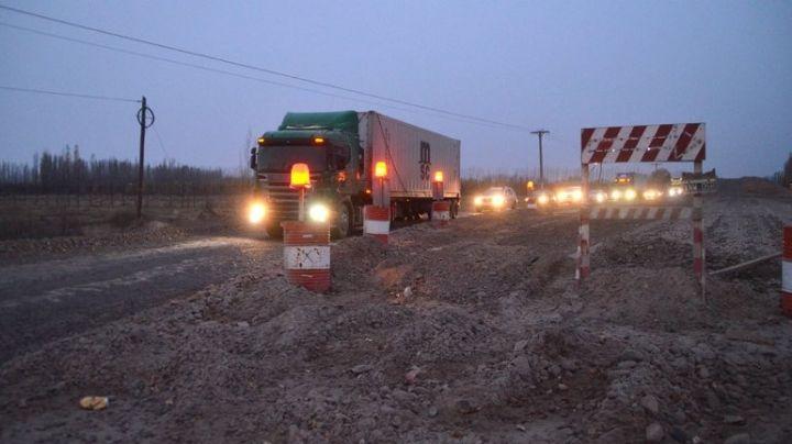 Cipolletti: Abandono total y desidia en la ruta 22