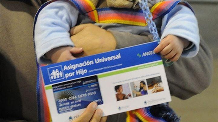 ¿Cuántos niños extranjeros cobran la AUH?