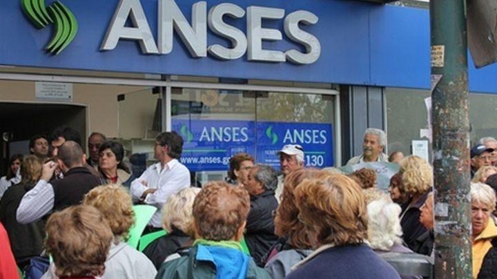 Aumentan las jubilaciones ¡Mirá el cronograma de pagos de Anses en agosto!