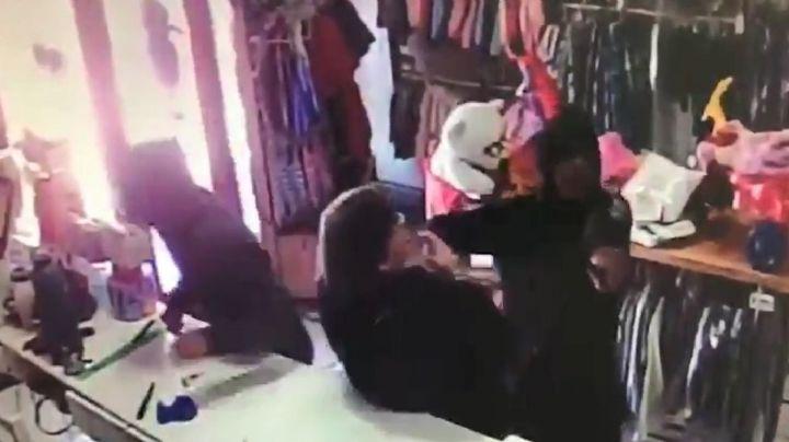 """""""Encapuchados,dispuestos a todo"""": El violento robo en La Plata que se hizo viral. VIDEO"""