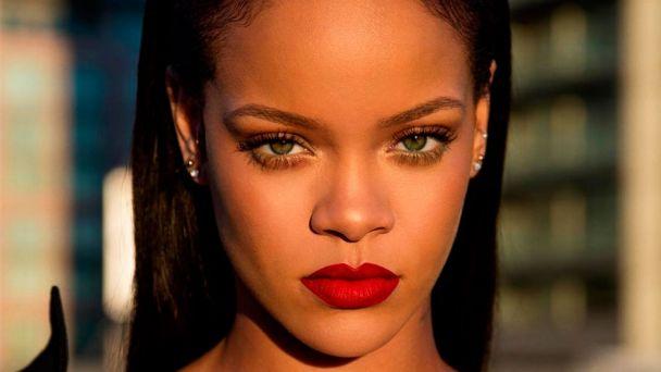 No Soy Yo Rihanna En Unas Fotos Demasiado Comprometedoras