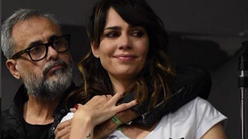 """""""Muchas veces no es fácil"""": Romina Pereiro, el consuelo de Rial en un día muy emotivo"""