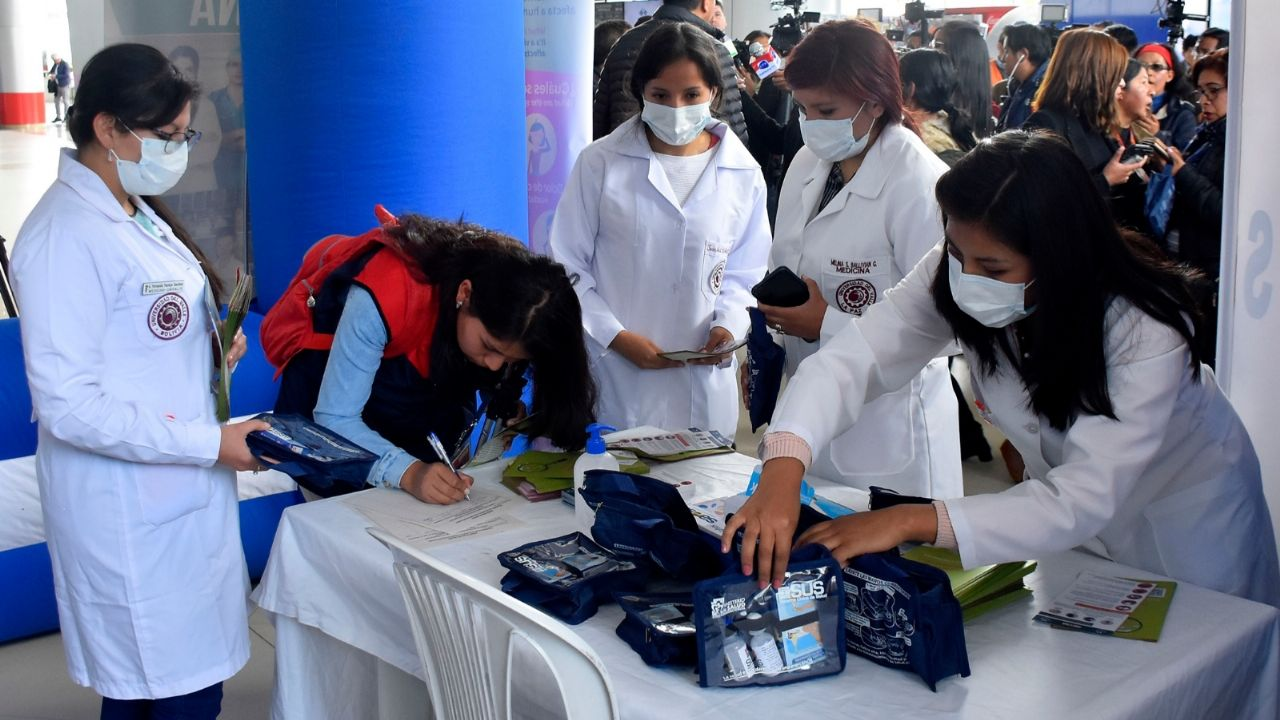 En Bolivia impiden el ingreso a los hospitales de una paciente con ...