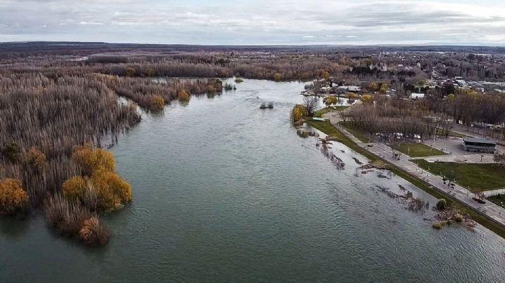 Comienza a descender el caudal del río Limay