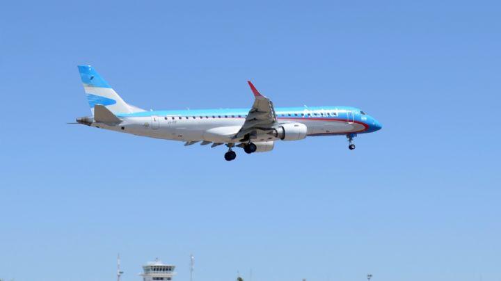 Tras la polémica por el viaje de su pareja: le exigen a Gutiérrez un informe sobre los vuelos