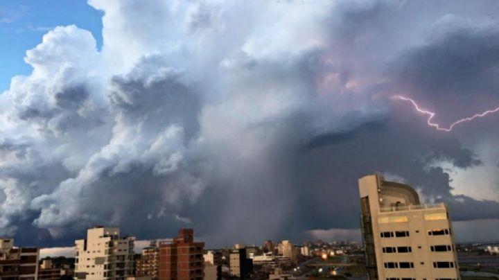Anuncian tormentas fuertes en más de la mitad del país